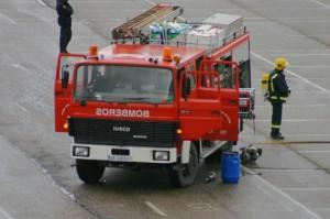bomberos actuando