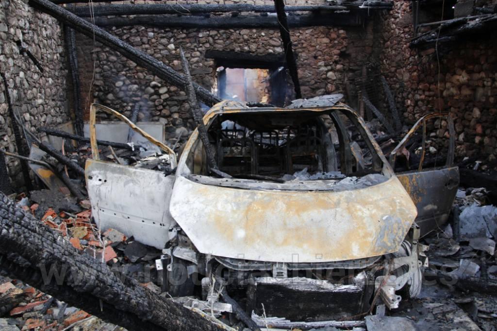 coche quemado fuentesnuevas