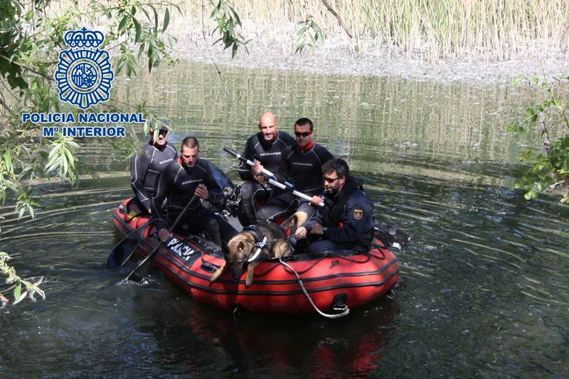 policia nacional entrenamiento canino
