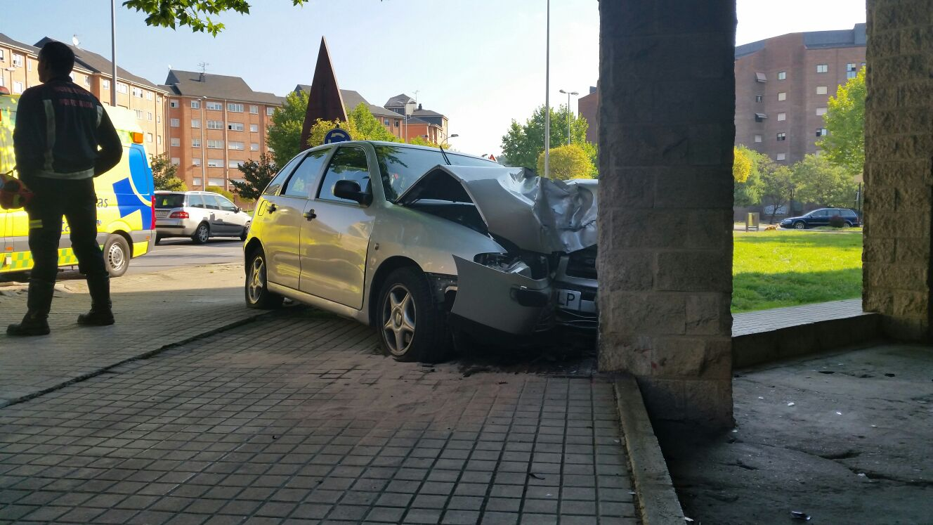 accidente rotonda donantes (5)