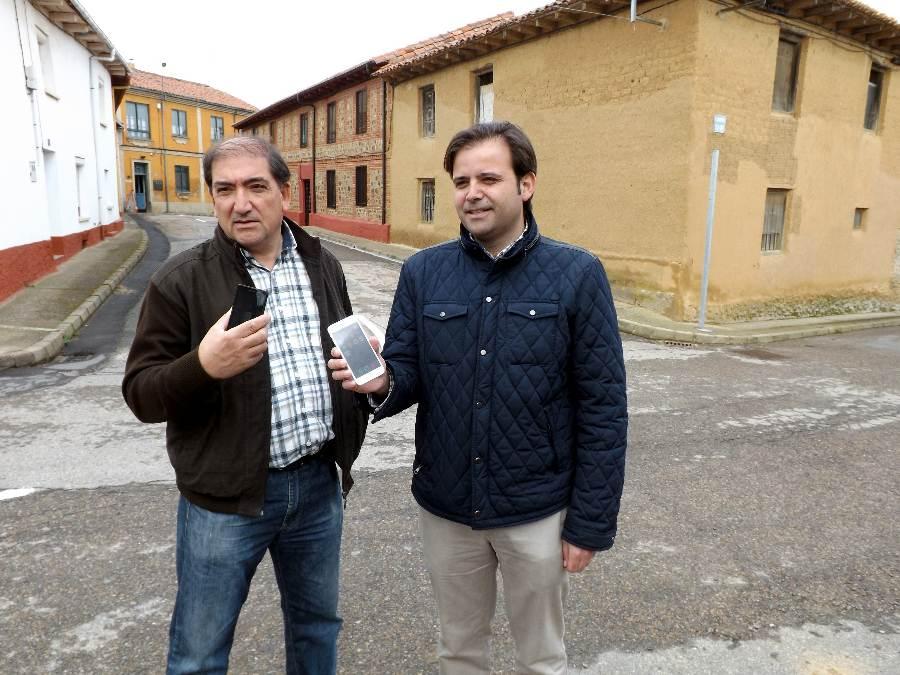 José Pellitero y Tino Rodríguez en Villfeliz de la Sobarriba 10-4-15 - copia