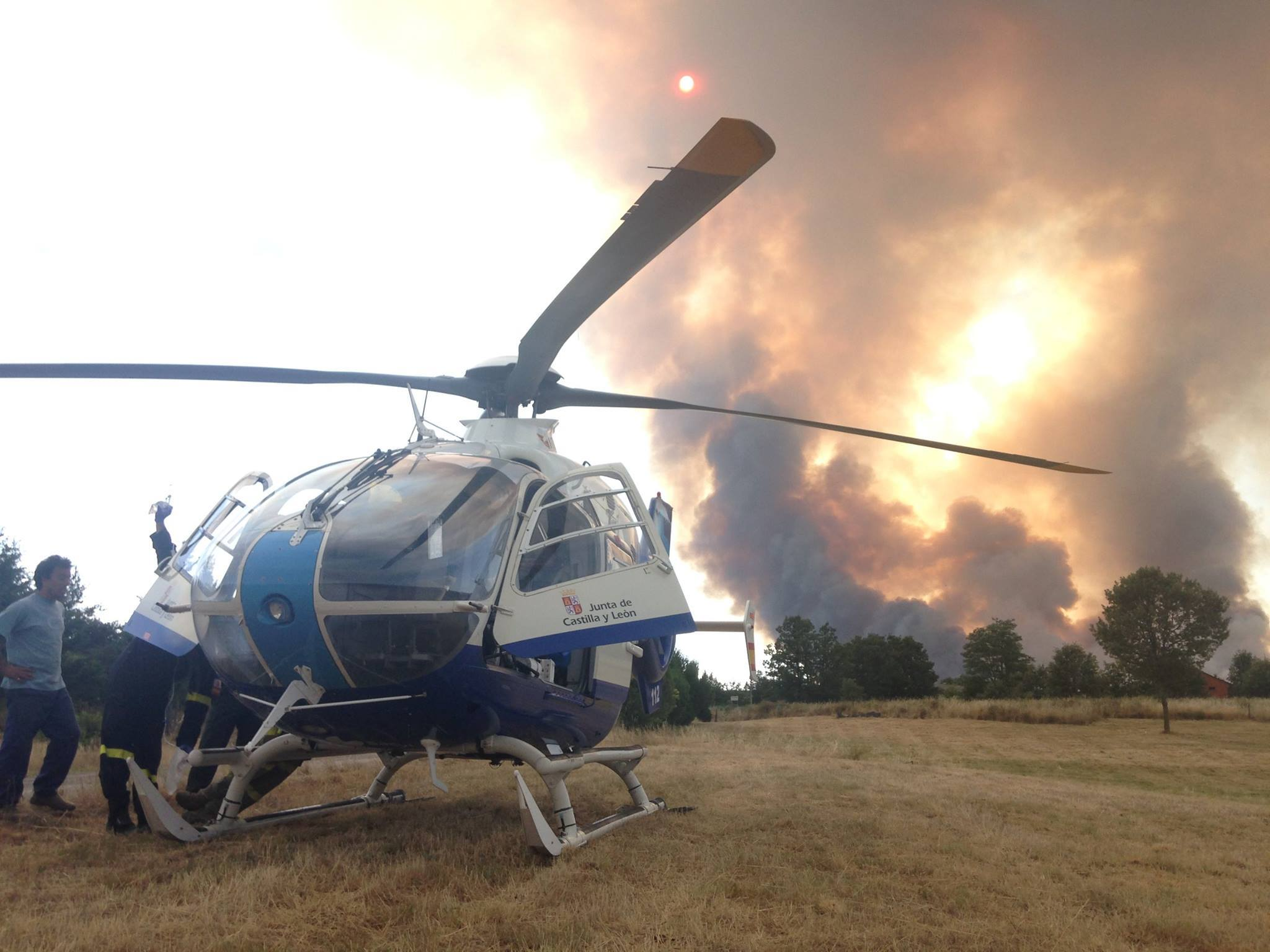 helicoptero astorga incendio fuego