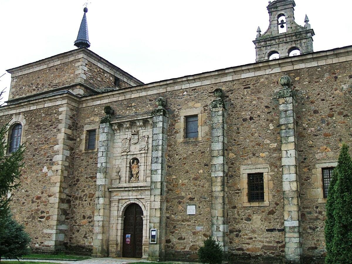 monasterio San_Miguel_de_las_Dueñas