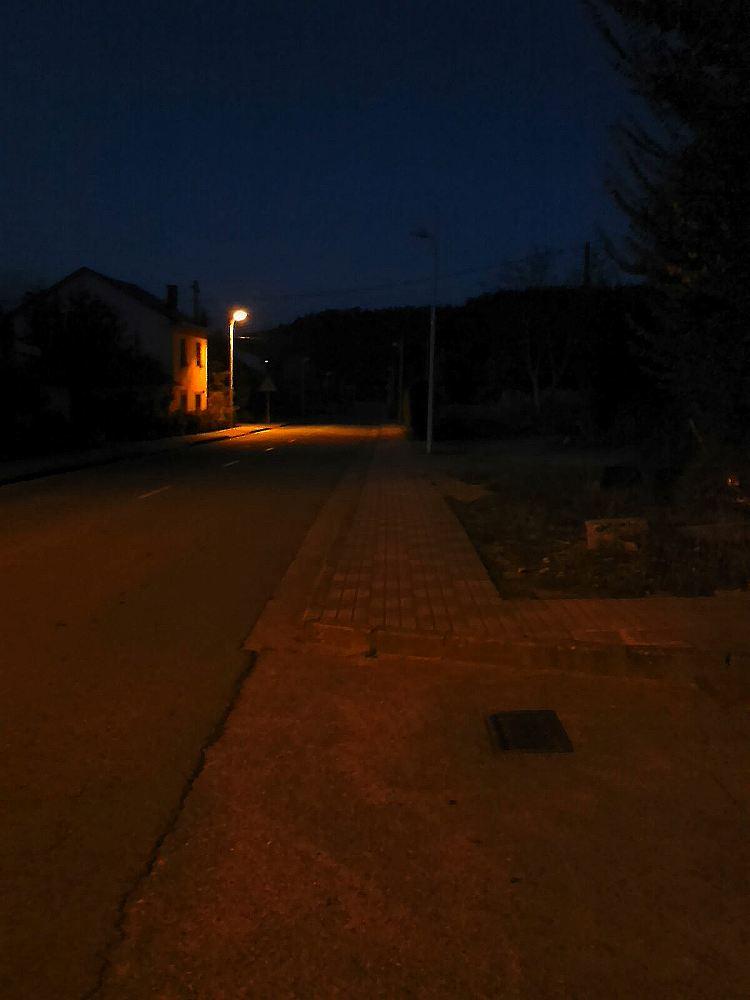 Iluminación en travesía Sancedo