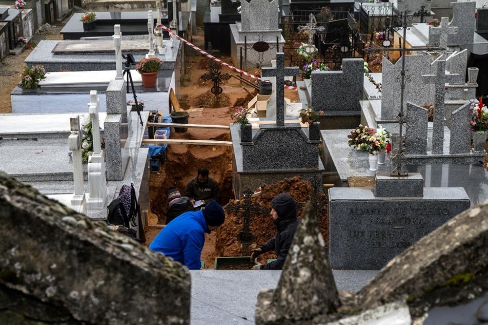 Exhumacion Villafranca Bierzo