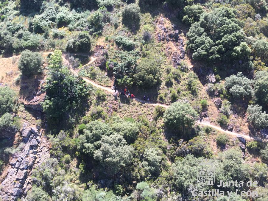 rescate puentes mal paso Molinaseca