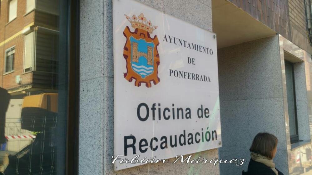 La oficina de recaudaci n de instala nuevamente en su sede for Oficina recaudacion oviedo